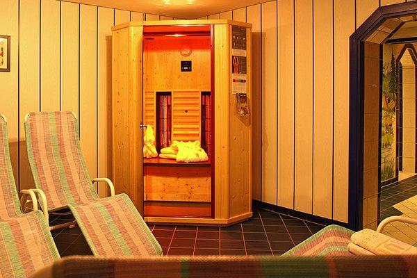 wellnessbereich_infrarotkabine_aparthotel_burgstein.jpg