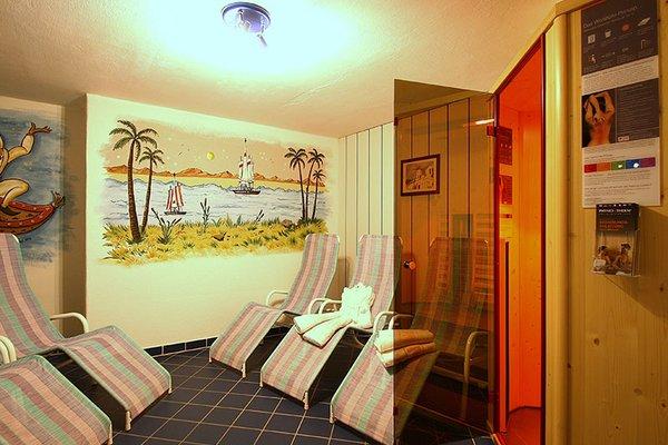 wellnessbereich_infrarotkabine_aparthotel_burgstein_01.jpg