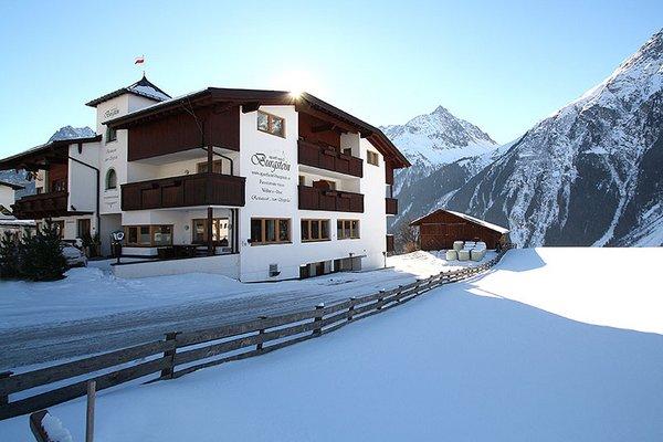 aussenansicht_winter_aparthotel_burgstein_01.jpg